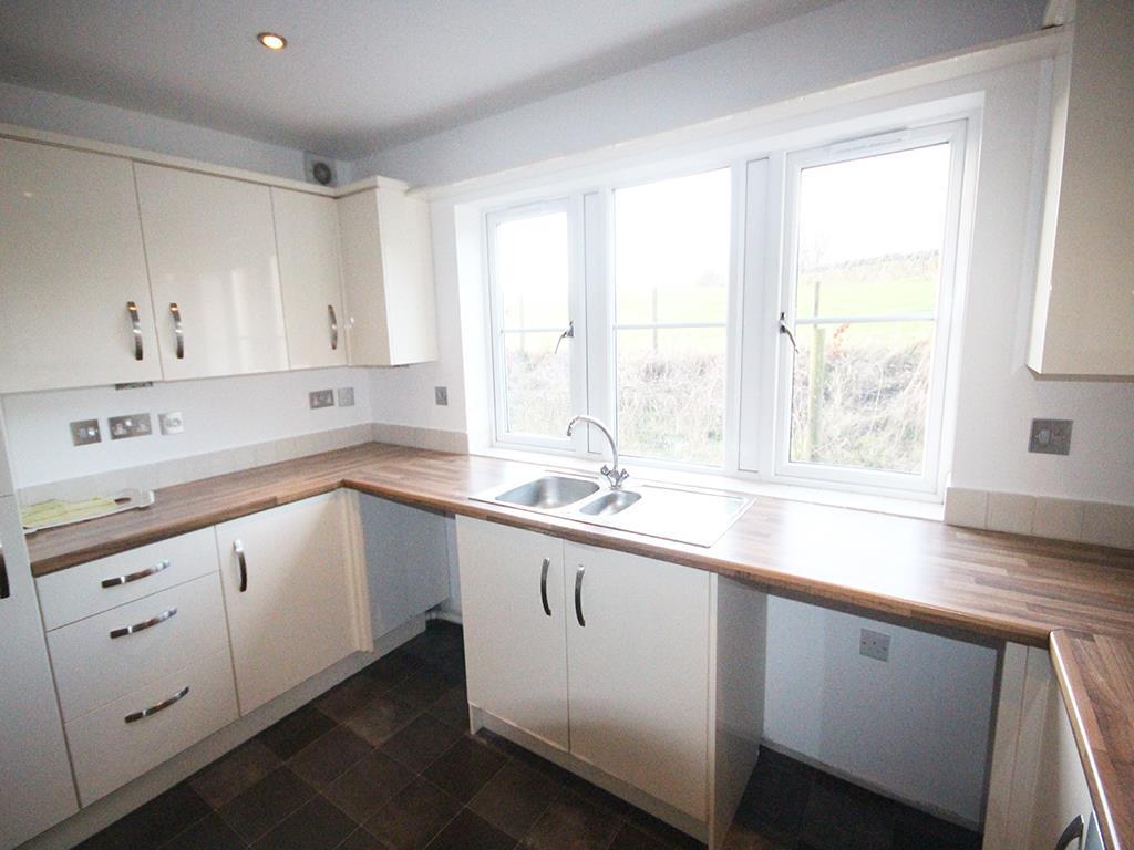 2 bedroom flat For Sale in Foulridge, Colne - IMG_0914.jpg
